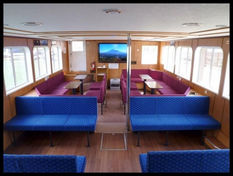1階席船内客室